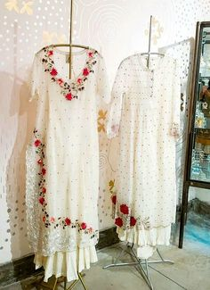 Summer arrives early at our Ogaan Hauz Khas store with an all new curation of our favourite light and breezy pieces. Pakistani Dress Design, Pakistani Dresses, Indian Dresses, Indian Outfits, Shadi Dresses, Kurti Designs Party Wear, Kurta Designs, Blouse Designs, Embroidery Suits Design