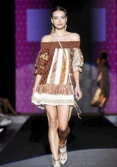 https://i.pinimg.com/236x/c0/c5/e0/c0c5e0b7ea3be74635c50fdfc1d1781b--spring--fashion-clothes.jpg