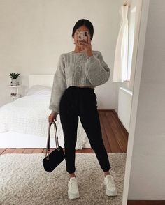 Idée de tenue - Outfit Ideas - Clothes - discover all our jewels and get discount 💖🥰 You are in the right place about outfits with - Teenage Outfits, Winter Fashion Outfits, Mom Outfits, Simple Outfits, Stylish Outfits, Fall Outfits, Summer Outfits, Cute Comfy Outfits, Cute Everyday Outfits
