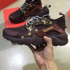 New 2019 Huaraches Ultra Outdoor Shoes Women Sneakers White Designer Mens Huarache Trainers huraches Air Designer Hurache brand Shoes - Shoes - Womensshoes Zapatillas Nike Huarache, Nike Shoes Huarache, Cute Shoes, Women's Shoes, Shoes Sneakers, Girls Sneakers, Fall Shoes, Basket Style, Supreme Shoes
