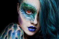 15 amazing Halloween makeup ideas that you need to practice now - Make-up - Sfx Makeup, Costume Makeup, Makeup Art, Makeup Ideas, Bird Makeup, Peacock Makeup, Beauty Makeup, Robot Makeup, Monster Makeup