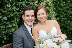 Today on the blog we have a wedding shot by Anne! Check out Lindsey and Patricks lovely June wedding at @grovehouston (link in bio)