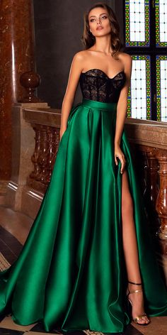 green party dress strapless evening dress lace long prom dress satin b – shuiruyan Source by Dresses Elegant, Pretty Dresses, Sexy Dresses, Beautiful Dresses, Formal Dresses, Classic Dresses, Satin Dresses, Summer Dresses, Amazing Prom Dresses