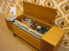 ¡Un mueble entero para escuchar música!  #music #furniture #60s
