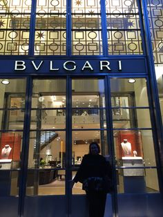 Escorted OutDay 132 - #Bulgari in #NYC and me! I returned to the scene of the crime a few weeks ago. 20+ years ago my husband was in trial with a case in New York City. His client put us up at the #PennisulaHotel on 5th and 55th for two weeks. Every time the concierge called me Mrs. Lehrman, I would look around to see if my mother-in-law had shown up. I made myself BUSY with daily adventures. The look on his face was priceless when I asked him how to get to the subway. I kept having to…