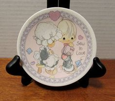 "1992 Precious Moments 4"" Collector Plate -- Sew In Love"