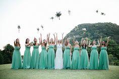 Uma história linda e um casamento dos sonhos – Thais http://lapisdenoiva.com/uma-historia-linda-e-um-casamento-dos-sonhos-thais-e-marcelo/ Foto: Carolina Azevedo