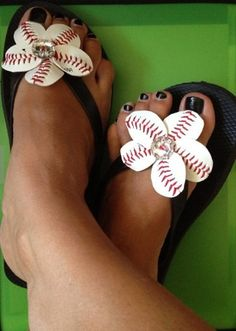 Baseball Flip Flop Flowers - Sports Moms - Baseball Moms - Baseball Bling