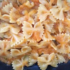 Oggi è... Arancio Farfalle crema di zucca e curry!!! Provare per credere, slurp!!! 😋😋😋 #naturale #foodblogger #istafood #superfood #istagood #everyday #sanoebuono #orange  Seguimi su https://natur4l3.wordpress.com/