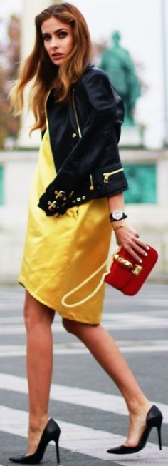 THE PILE OF STYLE: Yellow dress