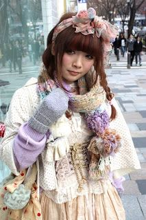 Mori Girl style - I really like this fashion. I'm supposed to be sewing mori girl accessories today! Mori Girl Fashion, Lolita Fashion, Fashion Beauty, Dolly Fashion, Kawaii Fashion, Japanese Streets, Japanese Street Fashion, Estilo Harajuku, Kei Visual