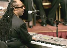 Funeral Johnnie Cochoran- Stevie Wonder sings during funeral services for attorney