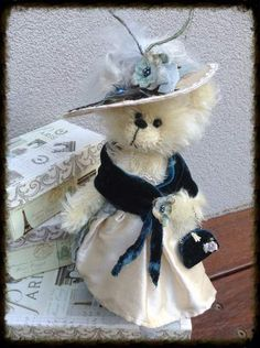 Christabel by By Shaz Bears | Bear Pile