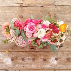 Gorgeous flowers! Rustic chic wedding inspiration + more! Michaels Makers Summit 2015 | Kara's Party Ideas | Kara Allen | KarasPartyIdeas.com #MichaelsMakers