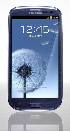 WANT! but Dad cheaped out and made us keep our old 3g phones :(