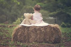 Inspiring Interview featuring BlueBelle Photography by Tina Lane on LearnShootInspire.com #child #photography