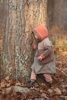 Ravelry: Fawn Hoodie & Legwarmers pattern by Carrie Bostick Hoge. This is so cute and I love the photo! Knitting For Kids, Knitting Projects, Baby Knitting, Knitting Patterns, Knitting Ideas, Soft Autumn, Autumnal, Paintbox Yarn, Red Heart Yarn