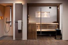 Exclusive design sauna - custom-made to your wishes. Take a look at our inspirations for your individual, customized glass-fronted sauna design! Bathroom Spa, Modern Bathroom, Small Bathroom, Home Spa Room, Spa Rooms, Sauna House, Sauna Room, Saunas, Sauna Hammam