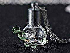 SCHILDKRÖTE - echte Pusteblumen Kette Glas  silber von Kleines Karma - Natur & Trend Schmuck, Ketten & Colliers, Uhren, Accessoires und Geschenke aus Berlin auf DaWanda.com