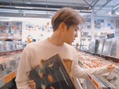 """""""i bring you here cuz i know you gonna like these thing"""" K Pop, Jung Yoon, Valentines For Boys, Jung Jaehyun, Jaehyun Nct, Boyfriend Goals, Daily Photo, Taeyong, K Idols"""