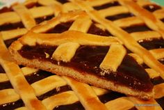 So exquisite!! favorite tart ever. Remind me of my beautiful country and afternoon's tea with friends!