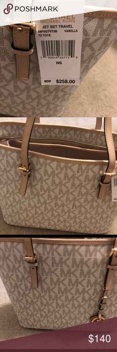 a4c18e2ab80536 Michael Kors Jet Set travel Tote in Vanilla NWT Michael Kors Jet Set travel  tote in