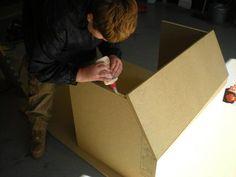 Sand Blaster How To Make Sand, Sandblasting Cabinet, Garage Workshop, Halle, Hobbies, Diy, Booth Design, Cabins, Motorbikes