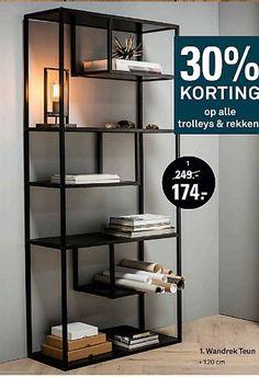 Wrought Iron Furniture, Home Living Room, Loft Interiors, Shelves, Interior, Steel Furniture, Home Decor, Metal Furniture, Shelving