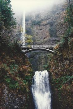 1993, Multnomah Falls, along the border of OR/WA along the Columbia River.  it is a popularly photographed  falls.  I have even once hiked to the top.  I was in OR.