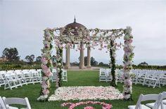 pretty ceremony set-up