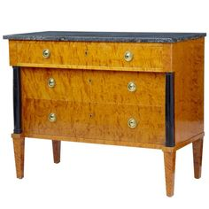 20th Century 1960s Golden Birch Marble-Top Chest of Drawers Commode | From a unique collection of antique and modern commodes and chests of drawers at https://www.1stdibs.com/furniture/storage-case-pieces/commodes-chests-of-drawers/