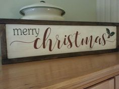Merry Christmas wood sign - Home Page Christmas Wooden Signs, Pallet Christmas, Holiday Signs, Rustic Christmas, Christmas Projects, Holiday Crafts, Christmas Holidays, Christmas Decorations, Merry Christmas Signs