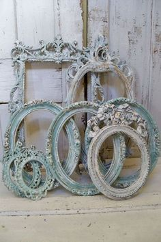 shabby chic frames | Shabby chic distressed ornate frame