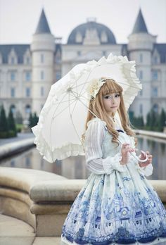 The perfect place to take photos with ♚♛♡~Angelic Pretty Castle Mirage JSK~♚♛♡ [Source: weibo•com/u/2059179923]