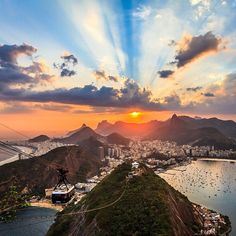 Just your average sunset in Rio.