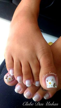 French Pedicure Designs Flower Tips 63 Ideas Pretty Toe Nails, Cute Toe Nails, Toe Nail Art, Acrylic Nails, Summer Toe Nails, Spring Nails, Toenail Art Designs, Flower Pedicure Designs, French Pedicure Designs