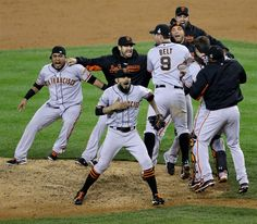 San Francisco Giants sweep Detroit Tigers for World Series win - PhotoBlog