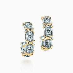 #Sucharita #Diamond #Earring Made in Real Diamond and 18 kt yellow & white gold.Customize as per your style and budget.Get Exact Diamond Quality and weight.