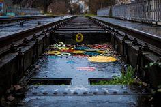 #colored #art on a #metal #old #bridge with #rails ! #peinture #artistique sur un vieux #pont #métallique de #chemindefer ! / #railroad #streetart #streetphotography #colors #sncf #petiteceinture #Paris #city #ville #urbex #wildart #beautiful #canon📷 #canon #5dmk2  #StraigtOfLR #adobe #lightroom #24mm70mm