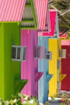 Bahamas - by Gordonk photography (love the AC units, lol) Architecture World Of Color, Color Of Life, Beautiful World, Beautiful Places, Colourful Buildings, Colorful Houses, Pink Houses, Jolie Photo, Happy Colors