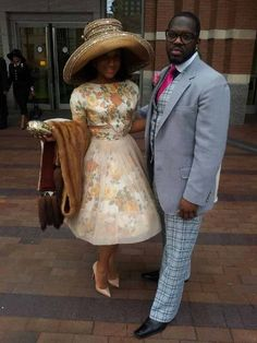 COGIC Sweetheart Couple Headed To Divorce Court! Everything Is Going Down, Except The Word Of God…….Obnoxious Media ( has confirmed that the unfortunate rumors are true! Church Suits And Hats, Church Attire, Church Dresses, Church Hats, Church Outfits, Dresses For Teens, Sunday Clothes, Hats For Women, Clothes For Women