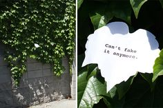 Artist Leaves Funny Signs Around City For People To Find (15+ Pics)
