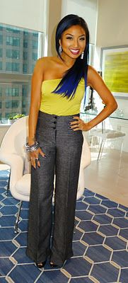 Jeannie Mai - love her blue hair High Wasted Pants, Jeannie Mai, Corporate Women, Vogue, Fashion Beauty, Womens Fashion, Passion For Fashion, Celebrity Style, Cool Outfits