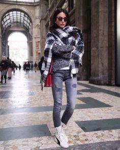 Chiara Biasi in @puma Eskiva Hi Sneaker #RIHANNAxPUMA