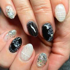#gettingnailed #nailart #sweetbcreations black and white