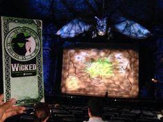 WICKED!!! La otra historia de las brujas de Oz. Danna Paola que enorme voz!!!