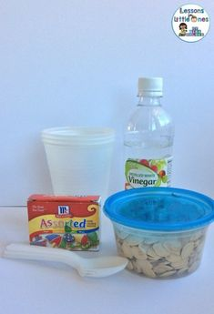 How to Dye Pumpkin Seeds & Dyed Pumpkin Seeds Activities - Lessons for Little Ones by Tina O'Block Pumpkin Seed Activities, Fun Fall Activities, Pumkin Seeds, Fall Art Projects, Egg Dye, Sensory Table, Food Dye, Distilled White Vinegar, Food Coloring