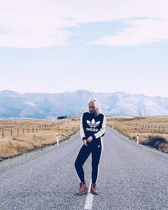 Where will the road take me next?  Tänä viikonloppuna Banks Peninsula ja surffaamista ens viikolla Dunedin ja Otago  ja samalla viimeinen viikko täällä toisella puolella maailmaa  Mutta ei huolta reissukuvia riittää varmasti pitkälle kesään asti!   #newzealand #lakepukaki #roadtrippin #adventures #adidasoriginals