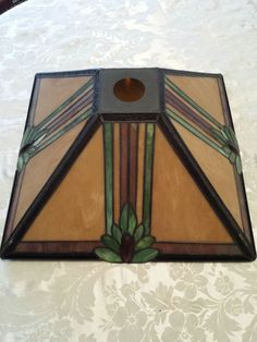 STAINED GLASS LAMP SHADE MISSION STYLE ANTIQUE