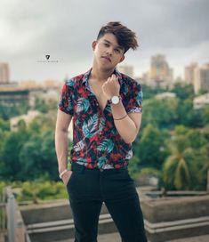 I'm aware that I'm rare🔥 Cute Boy Photo, Photo Poses For Boy, Boy Poses, Man Photo, Stylish Boys, Stylish Girls Photos, Girl Photos, Stylish Hair, Hd Photos